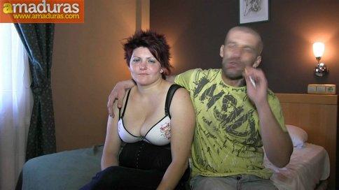 Gordita treintañera muy salida follando sin condón - foto 2