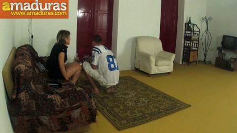 Casada infiel follada y humillada por un veinteañero - foto 2