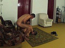 Casada infiel follada y humillada por un veinteañero - foto 26