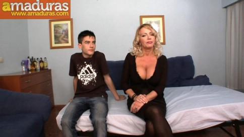 La madura Bibian Norai se folla a Jordi Niño Polla - foto 2