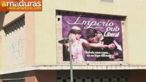 Una tarde de verano en un pub liberal de Sevilla - foto 1
