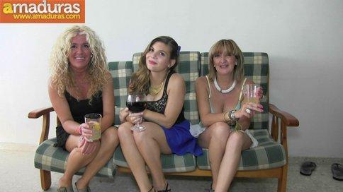 Orgia amateur española con maduras y jovencitas - foto 1
