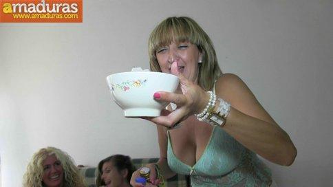 Orgia amateur española con maduras y jovencitas - foto 2