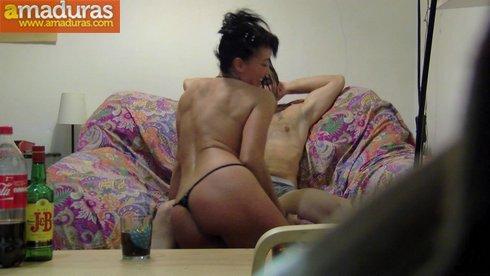 Parejas teniendo sexo amateur en vivo webcams chat XXX