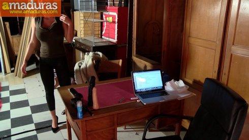 Leticia, una MILF española busca trabajo de lo que sea - foto 2