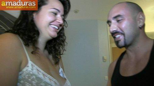 La primera follada anal de una zorrita española - foto 2