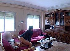 Treintañera viciosa se folla a un amigo de su hermano - foto 24