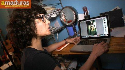 Cultureta gafapasta graba su primer video porno - foto 4
