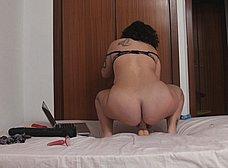 Lulu Petrel, madurita enganchada al sexo anal - foto 24