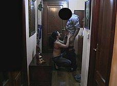 Ama de casa se folla al repartidor baboso - foto 6