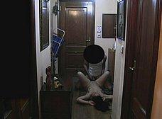Ama de casa se folla al repartidor baboso - foto 21
