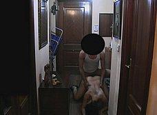 Ama de casa se folla al repartidor baboso - foto 25