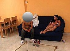Ama de casa española se folla al cartero timido - foto 9