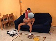 Ama de casa española se folla al cartero timido - foto 20