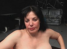 La madura española Paula Vazquez se pajea - foto 28