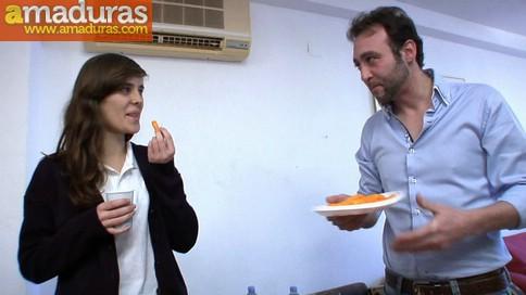 Ainara comiendo pollas en una fiesta sorpresa - foto 3