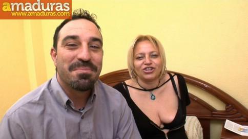 Le regala un 'actor porno' a la zorra de su esposa - foto 1