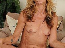 El chocho gordo de mi esposa madura - foto 9