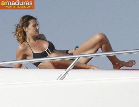 Espectacular Mar Flores en Ibiza: que madurita! - foto 1