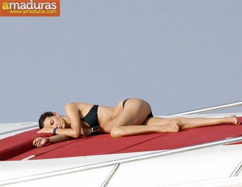 Espectacular Mar Flores en Ibiza: que madurita! - foto 3