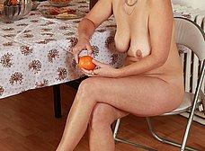 Madura se pasa todo el dia viendo porno - foto 7