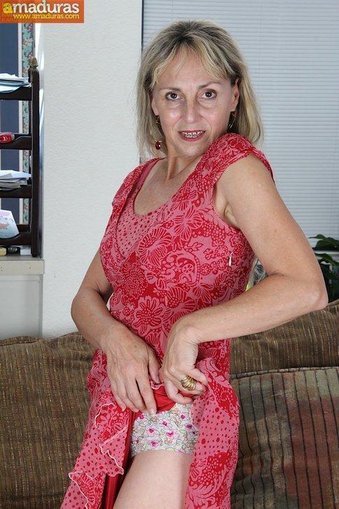 Me encanta el coño peludo de mi mujer - foto 2