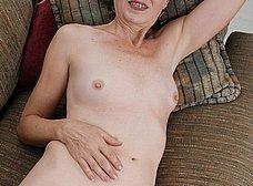 Me encanta el coño peludo de mi mujer - foto 9