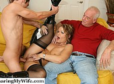 Le regala un veinteañero a su esposa madura - foto 10
