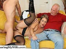 Le regala un veinteañero a su esposa madura - foto 11