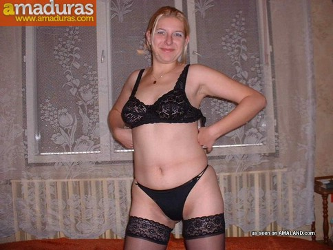 Fotos porno amateur de una madurita rubia - foto 1