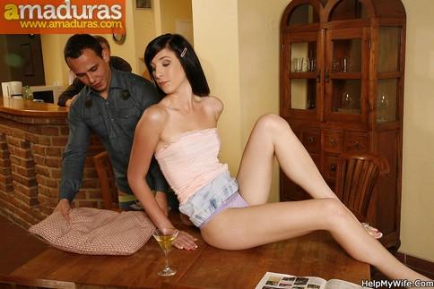 Cornudo voyeur mirando a su esposa con otro - foto 5