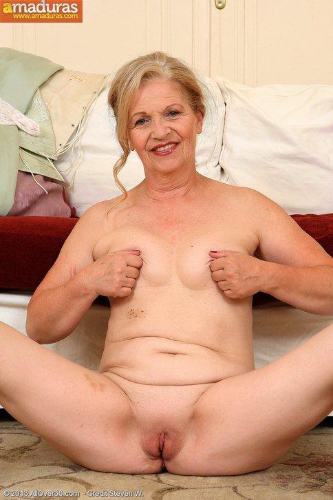image Granny madura caliente en el pajaro que mamaiz Part 6