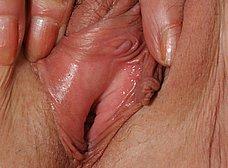 Madura cincuentona se desnuda del todo - foto 13