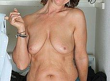 Ama de casa se desnuda al poner una lavadora - foto 7
