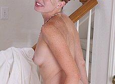 Menudo coño tiene la madura: virgen santa! - foto 8