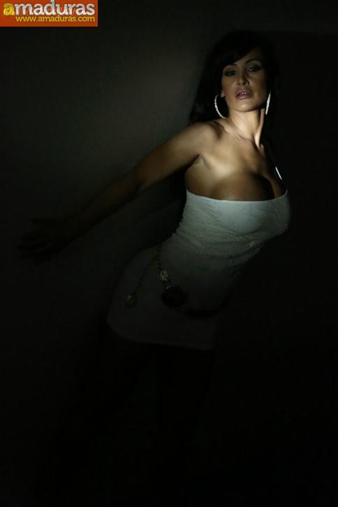 Fotos porno de Lisa Ann follada salvajemente - foto 2