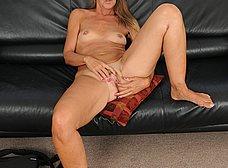 Madurita caliente se apunta a los contactos porno - foto 14