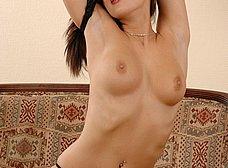 Zorrita culona en lenceria sexy se desnuda - foto 15