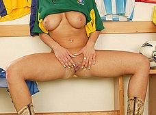 La tetona hincha de la seleccion australiana - foto 21