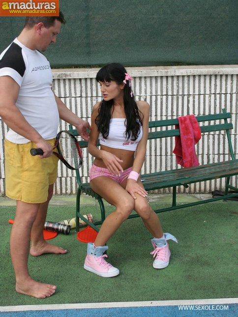 Follada anal en el partido de tenis - foto 2