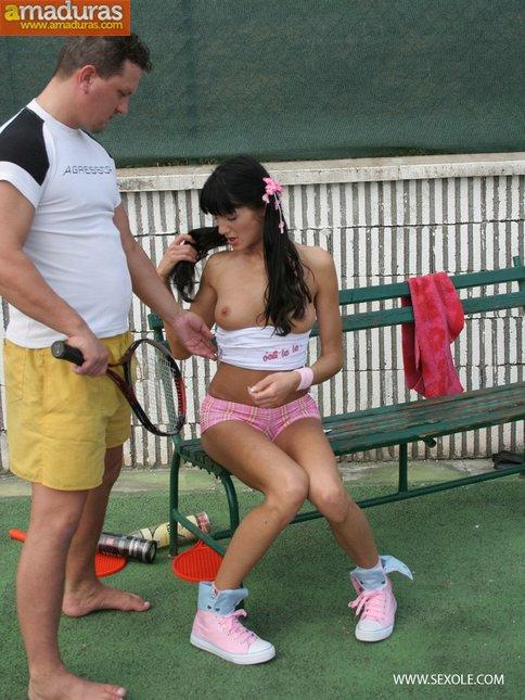 Follada anal en el partido de tenis - foto 3