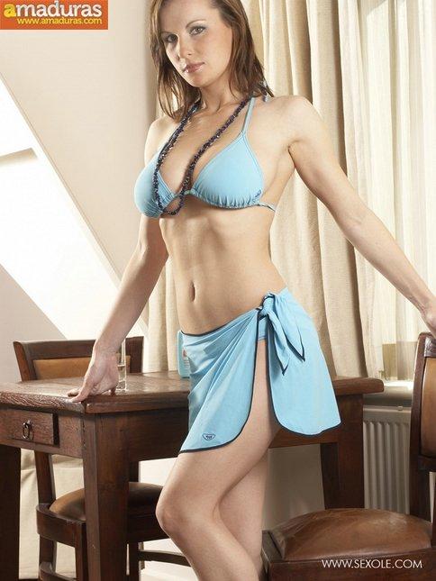 Probándose el bikini para el veranito - foto 2