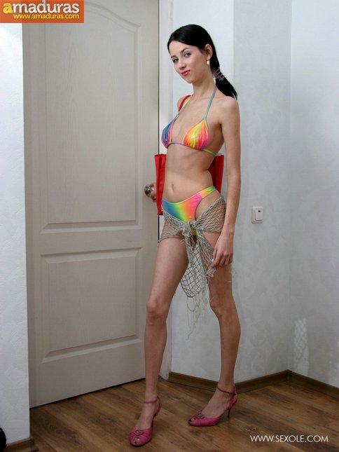 Se ha comprado un bikini en las rebajas - foto 2
