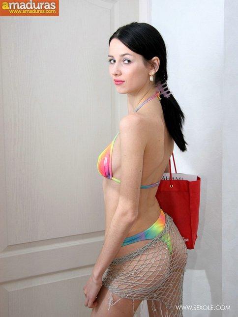 Se ha comprado un bikini en las rebajas - foto 3