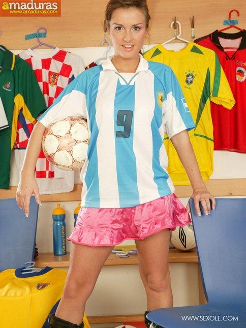 Fan de Messi se desnuda para nosotros - foto 1