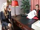 La rubia de gafas logra superar la entrevista