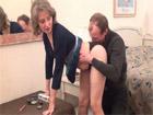 Madura de coño peludo corneando a su marido