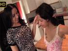 Milf bisexual seduce a la novia de su hijo