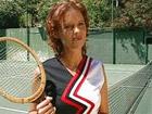 Madurita casada se folla a su entrenador de tenis