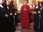 El sumo sacerdote elige a las nuevas monjas